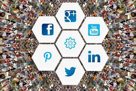 Glocal-social-media-3129481_960_720