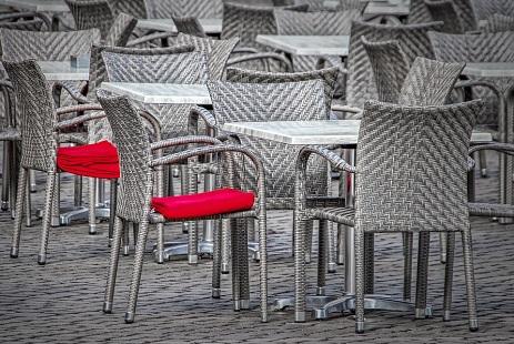 pausa pranzo-chairs-4033042_960_720